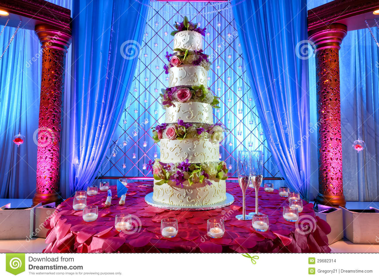 hindu wedding cake facts wedding cake at indian wedding stock photo image of 15238