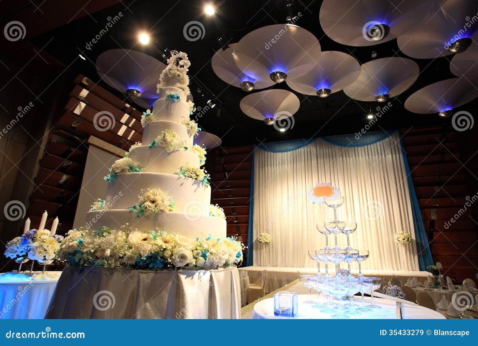Wedding cake reception party stock image image of champagne love wedding cake reception party junglespirit Images