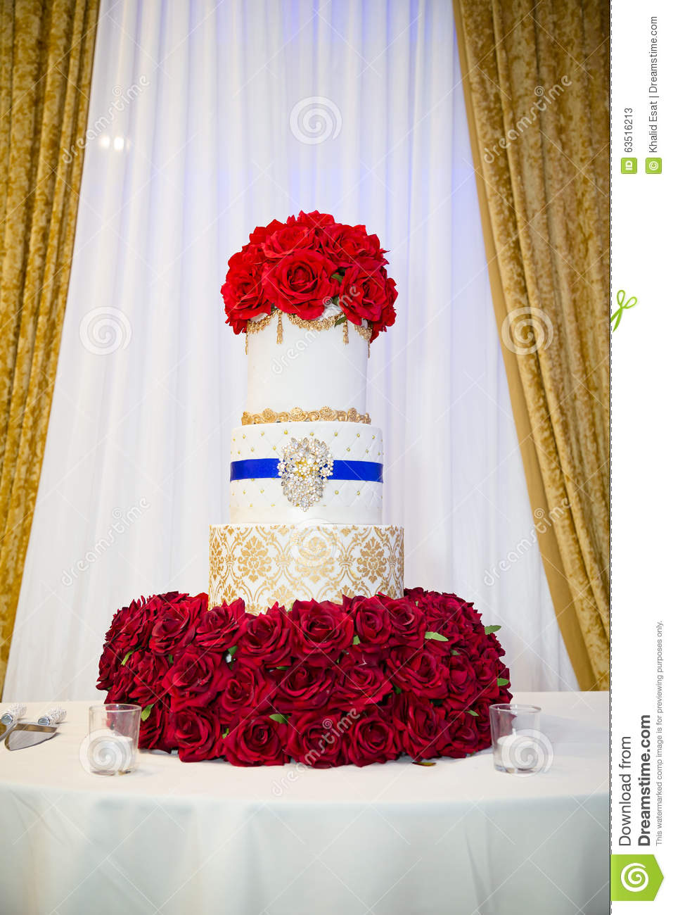Wedding cake stock image. Image of rose, cake, food, marriage - 63516213