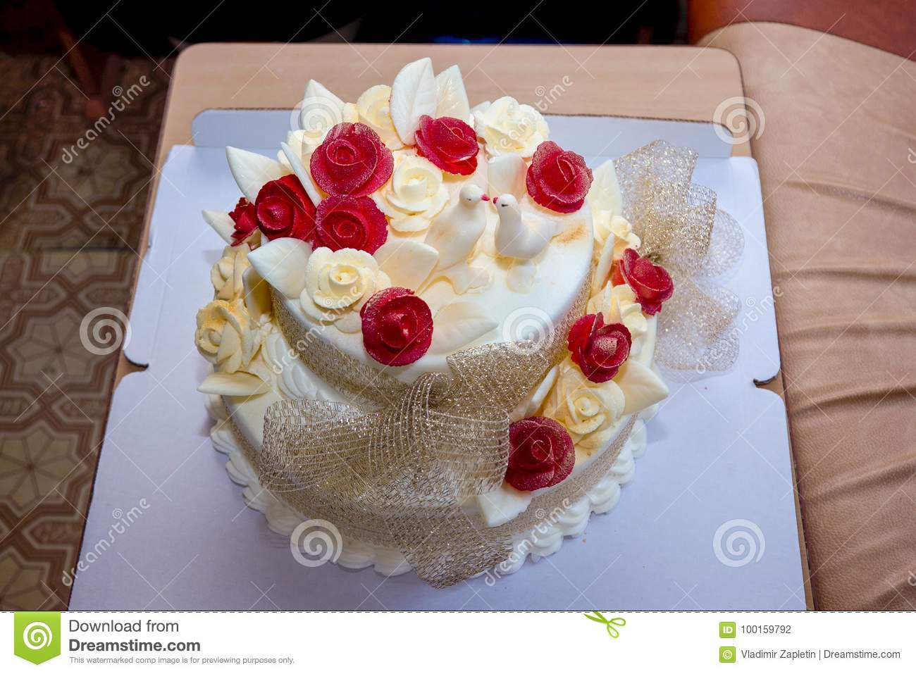 Wedding Cake With Roses And Doves Stock Photo - Image of marriage ...