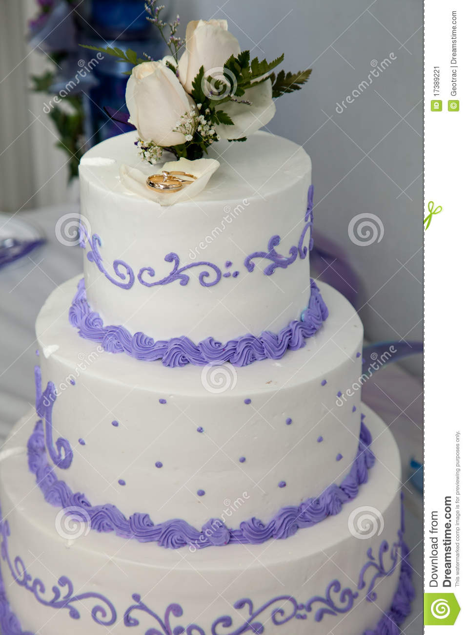 Wedding Cake And Topper With Wedding Rings Stock Image - Image of ...