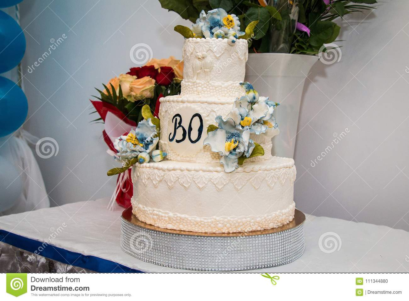Wedding cake in white and blue colors stock photo image of cakes download comp izmirmasajfo