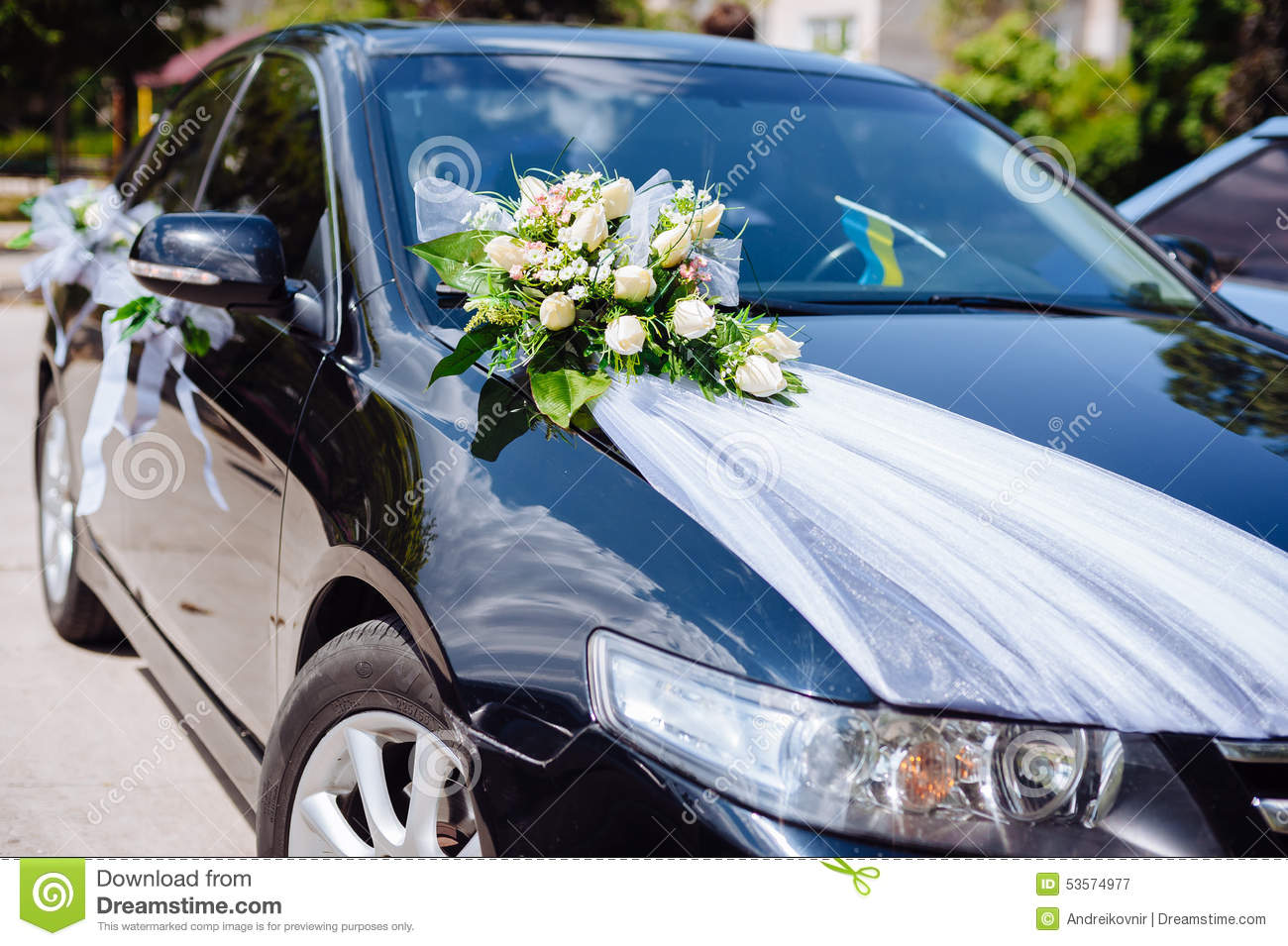 Wedding car decor flowers bouquet car decoration stock for Automobile decoration