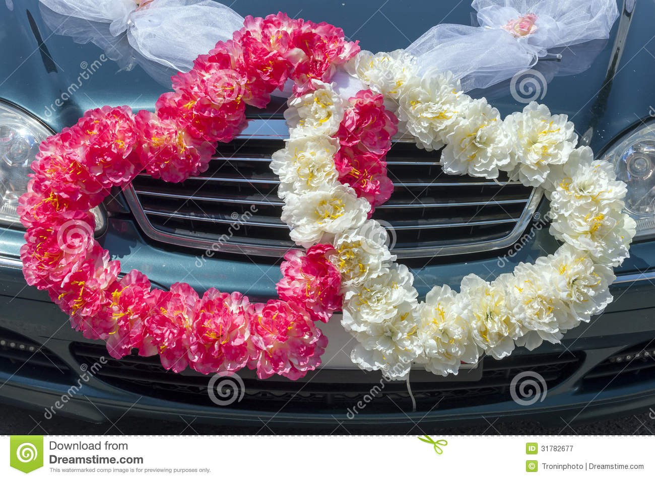 Wedding Car Decorate Wedding Car Decoration In The Form Of Hearts Royalty Free Stock