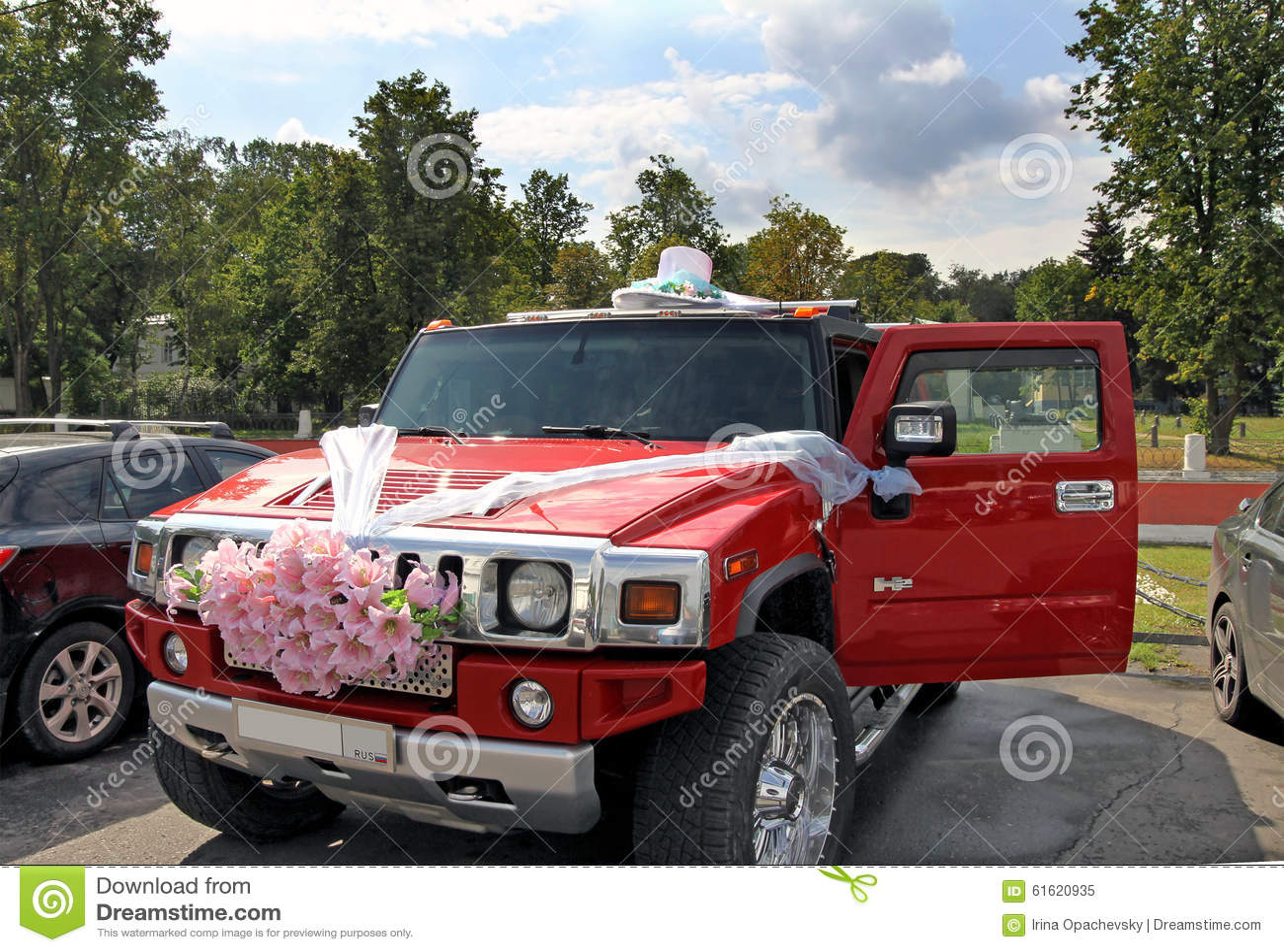 Design of bridal car - Wedding Car Design Editorial Image