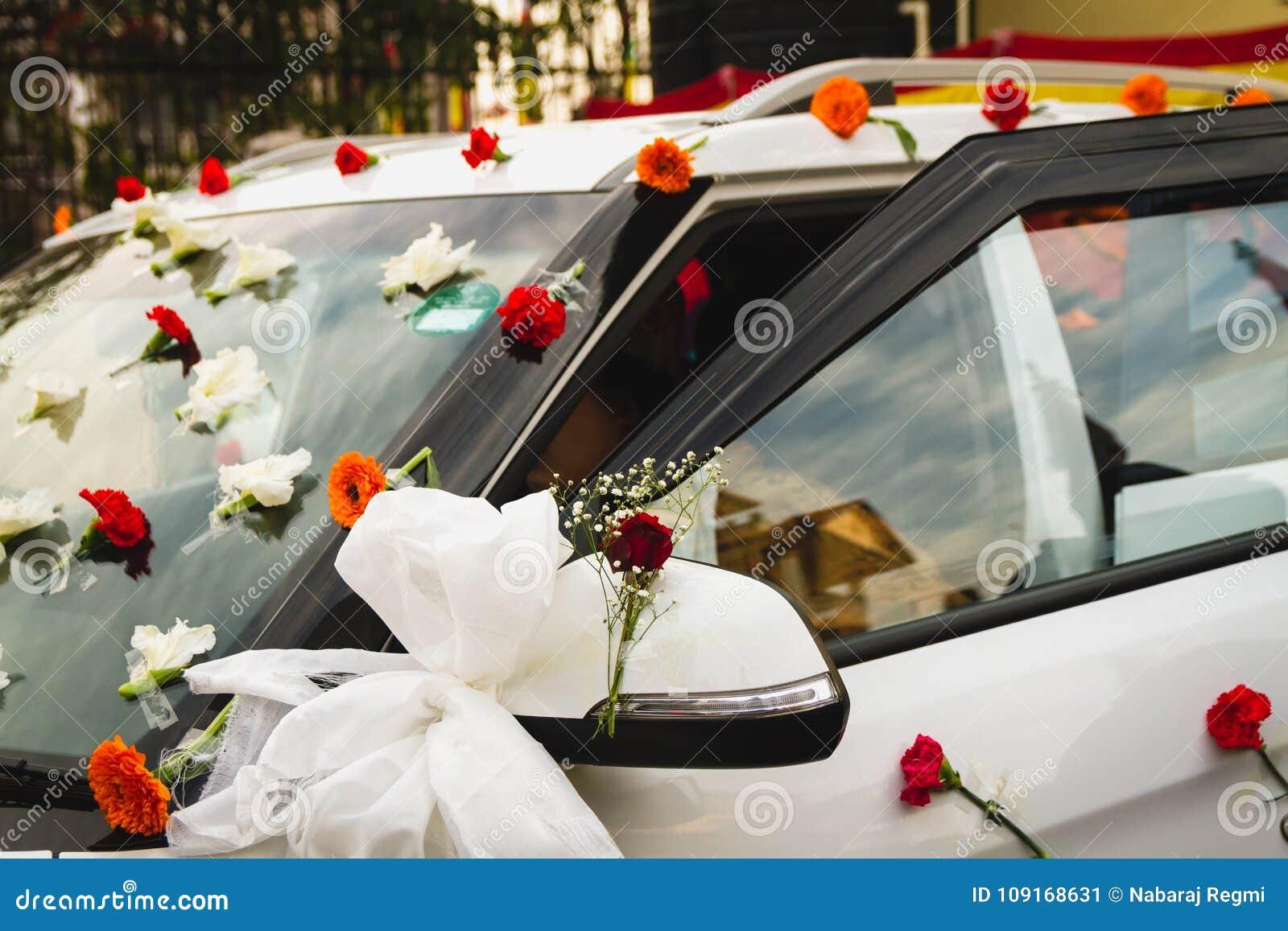 Decorated Wedding Car Stock Image Image Of Bridal Happy 109168631