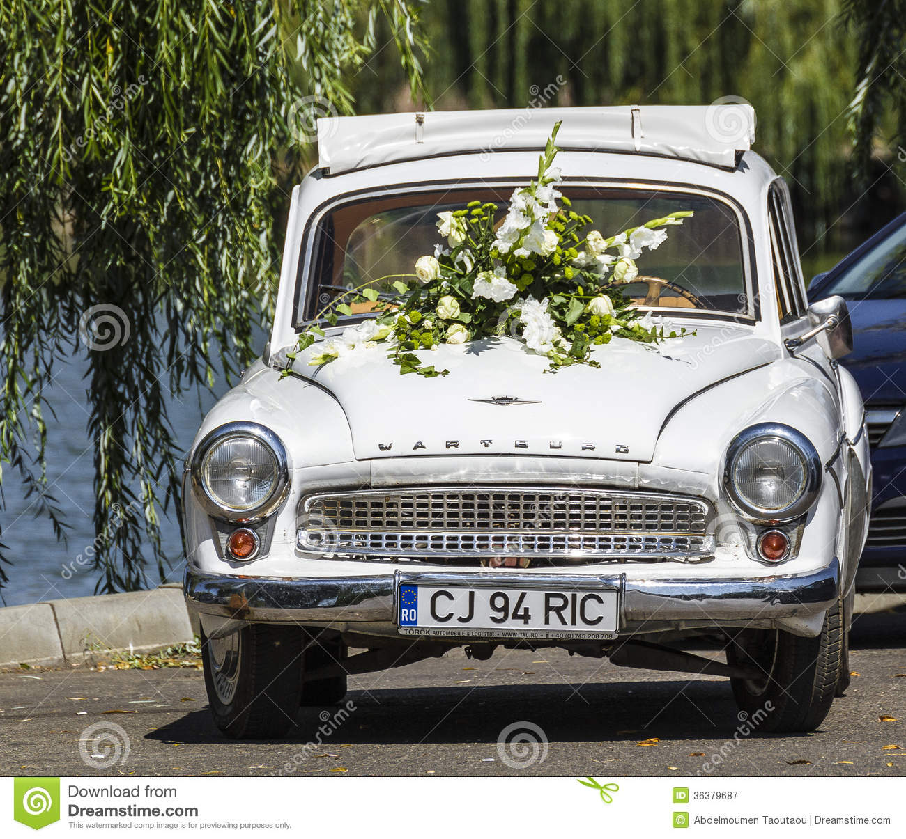 Wedding car editorial photography. Image of show, napoca - 36379687