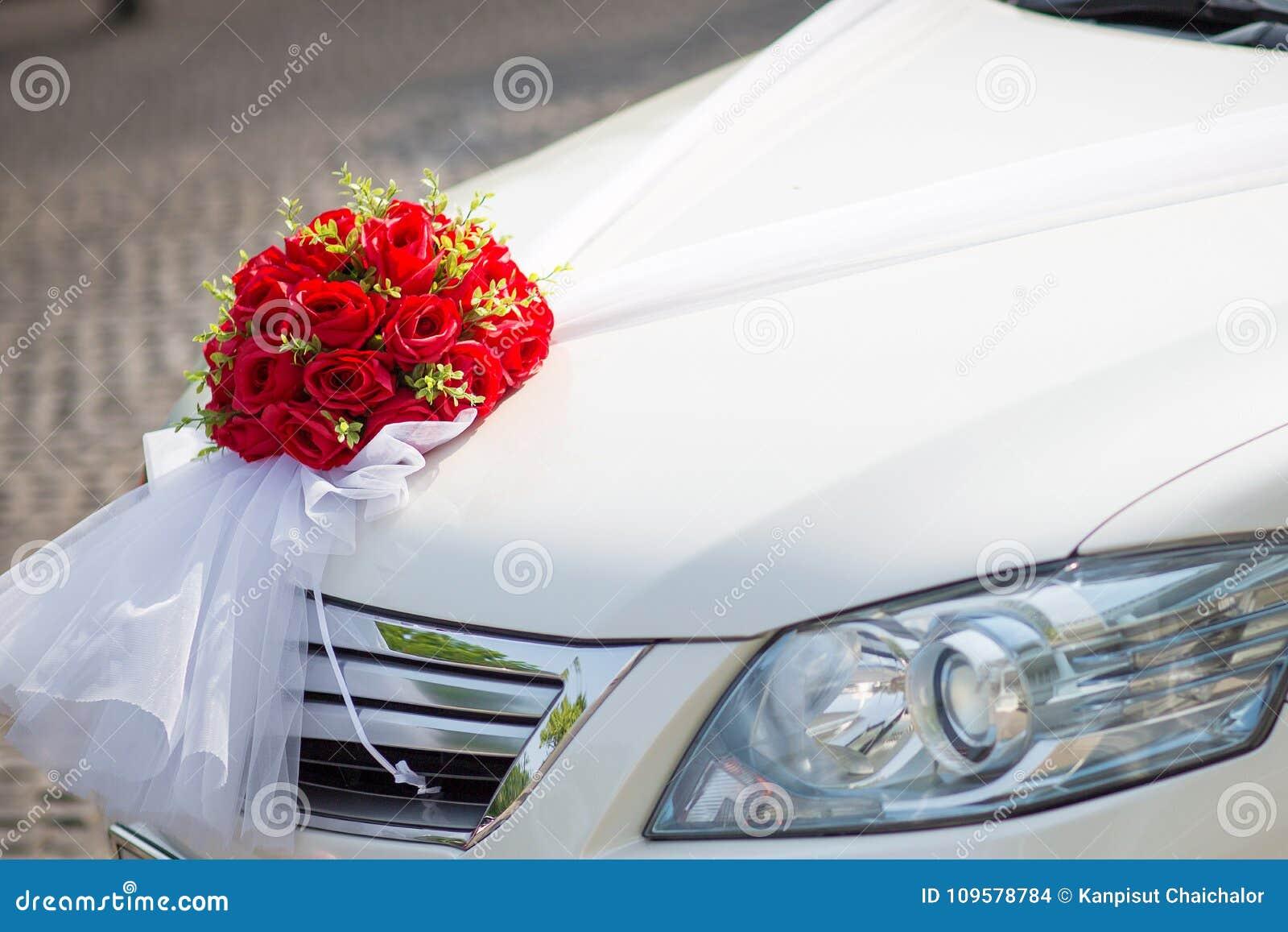 Wedding Car Wedding Decoration On Wedding Car Luxury Wedding Car Decorated With Flowers Stock Photo Image Of Light Anniversary 109578784