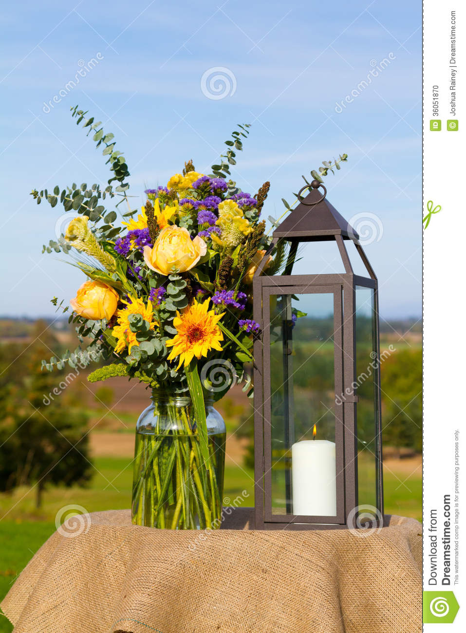 wedding centerpiece details stock photo image of candle bouquet 36051870. Black Bedroom Furniture Sets. Home Design Ideas