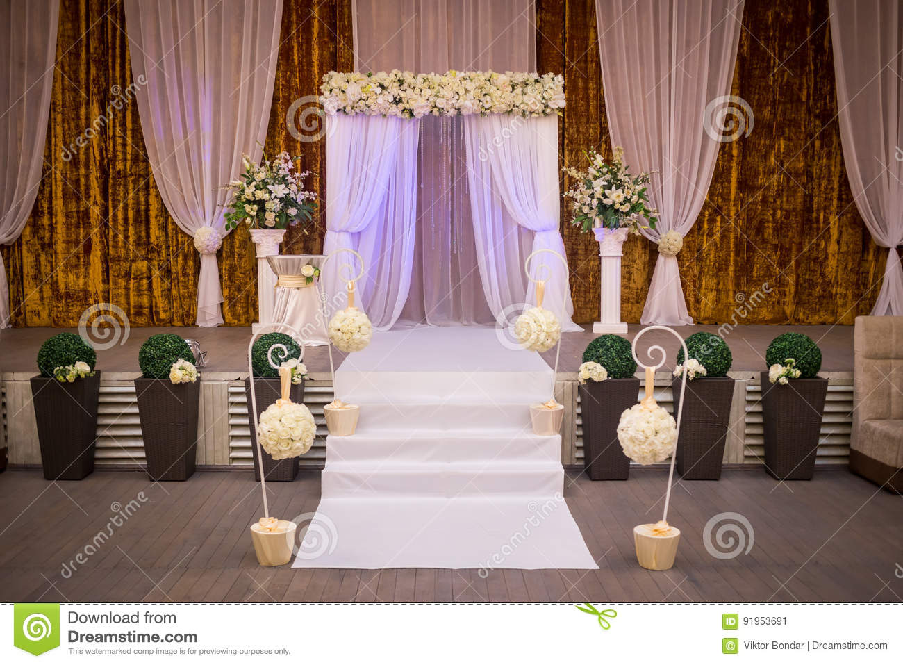 Reception Ceremony Length: Wedding Ceremony Hall Ready For Guests,Luxury, Elegant