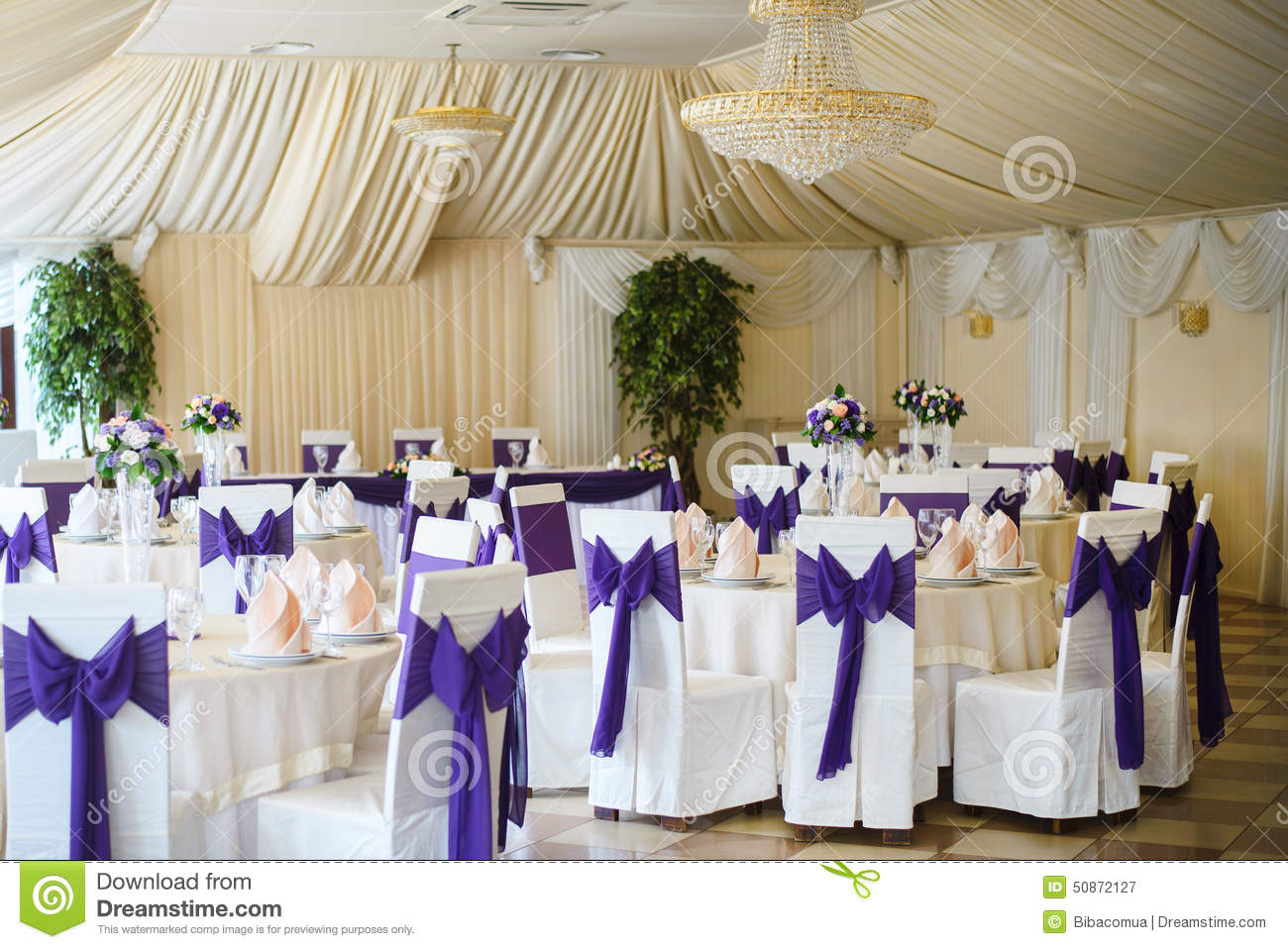 Wedding Chair And Table Setting Stock Image - Image of gorgeous ...