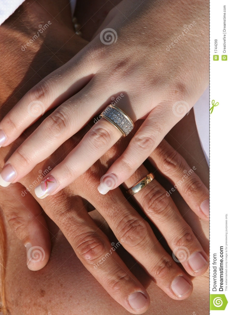 Wedding Couple - Hands And Rings Royalty Free Stock Images ...
