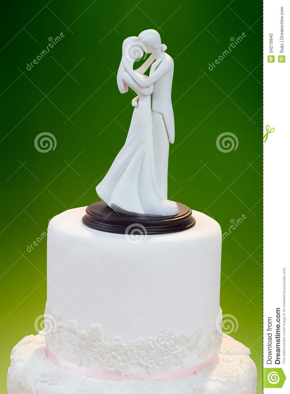 Wedding Cake Decorating Figurines : Wedding Decoration On The Cake Royalty Free Stock Photo ...