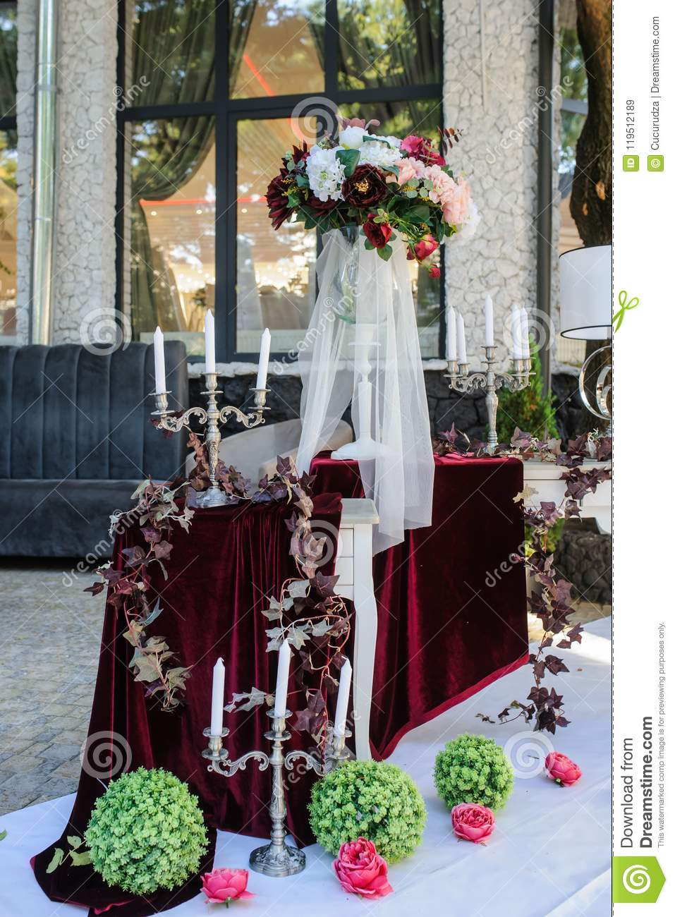 Wedding Decoration White Vintage Style With Red Claret Flower