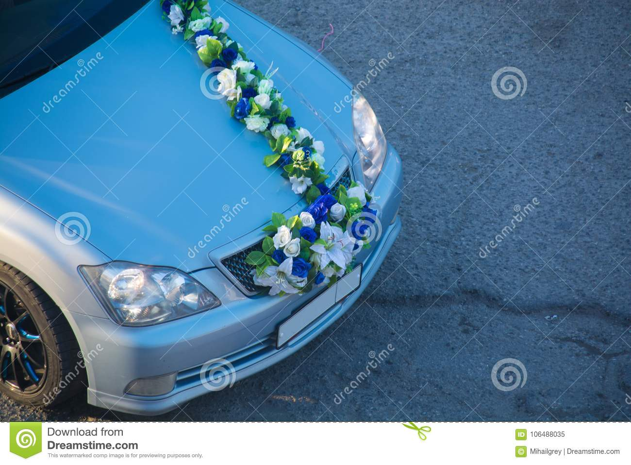 Wedding Decorations For Car Flowers White Flowers Stock Image