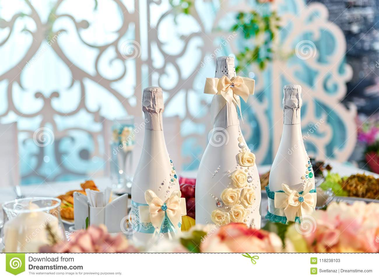 Wedding Decorations And Champagne Bottles Decoration For Wedding