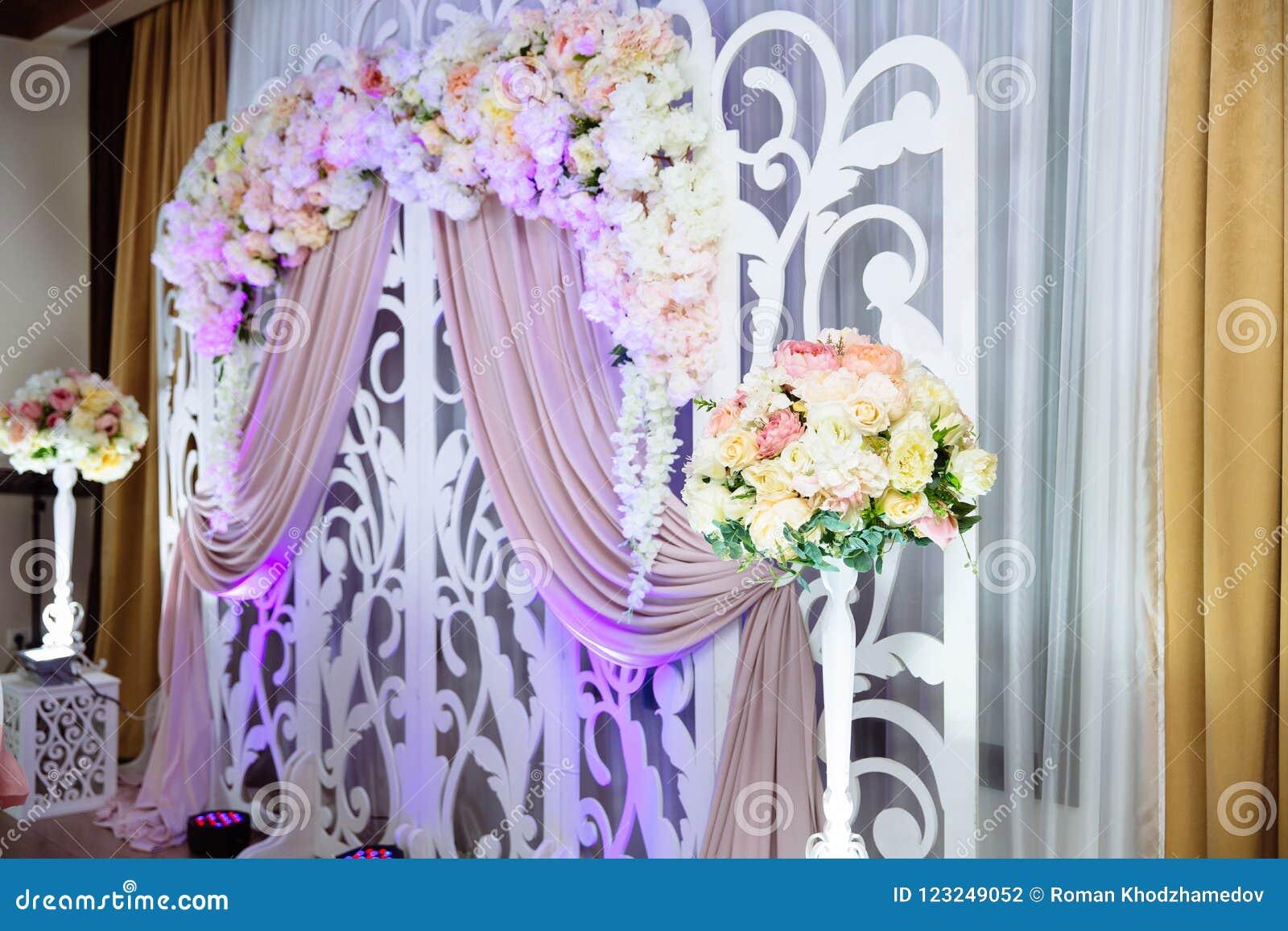 Wedding Decorations Wedding Arch Decoration Ideas For Decorating A