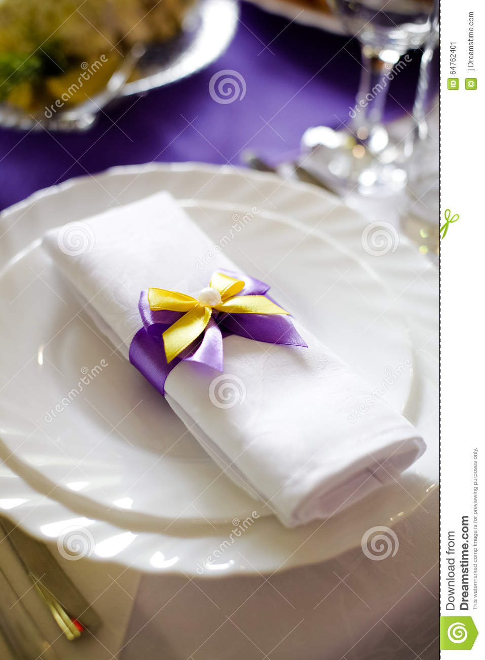 Wedding Doily White With Purple Yellow Bowknot Decoration On The