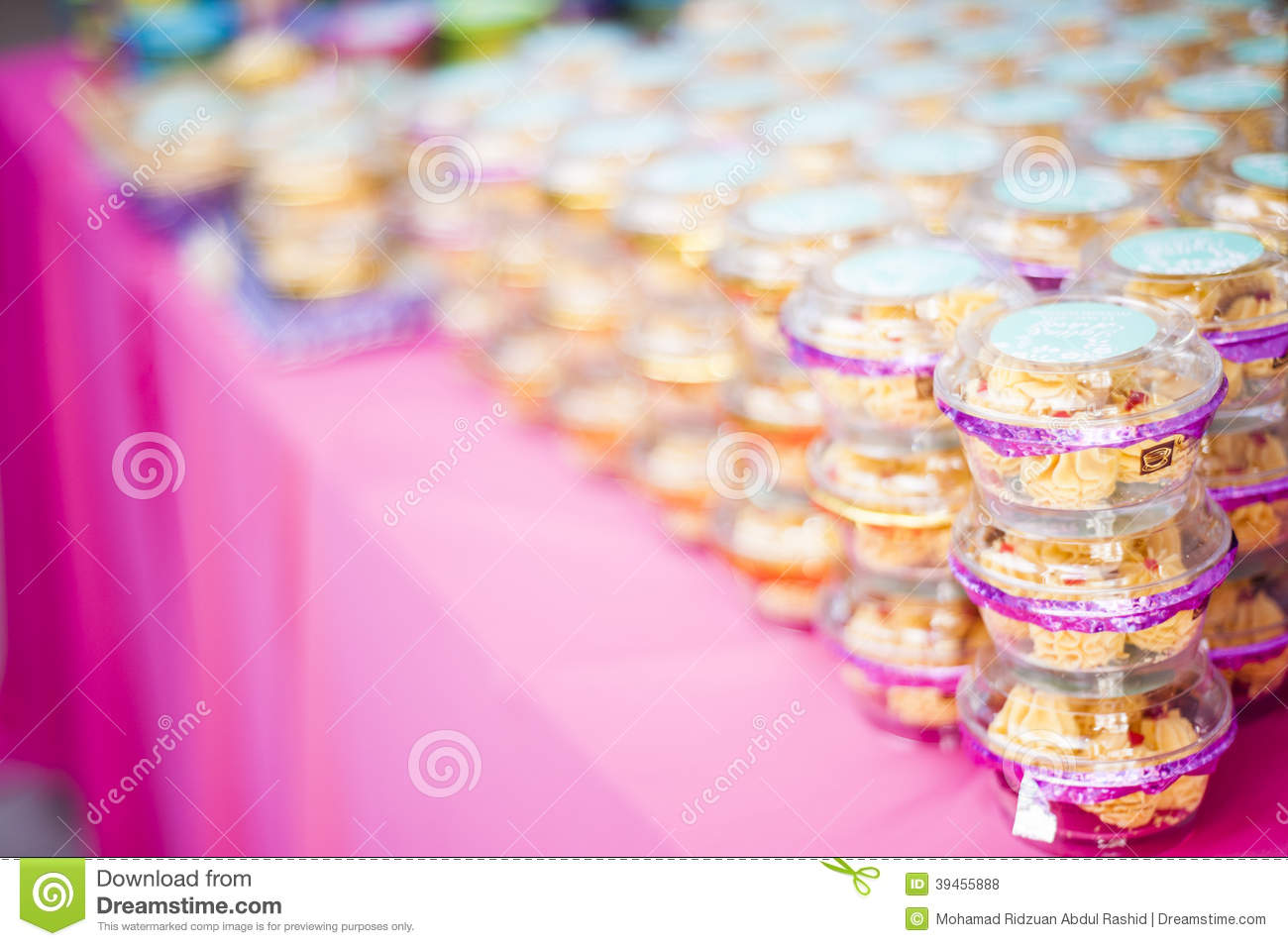 Wedding Door Gift Stock Photos - Royalty Free Stock Images