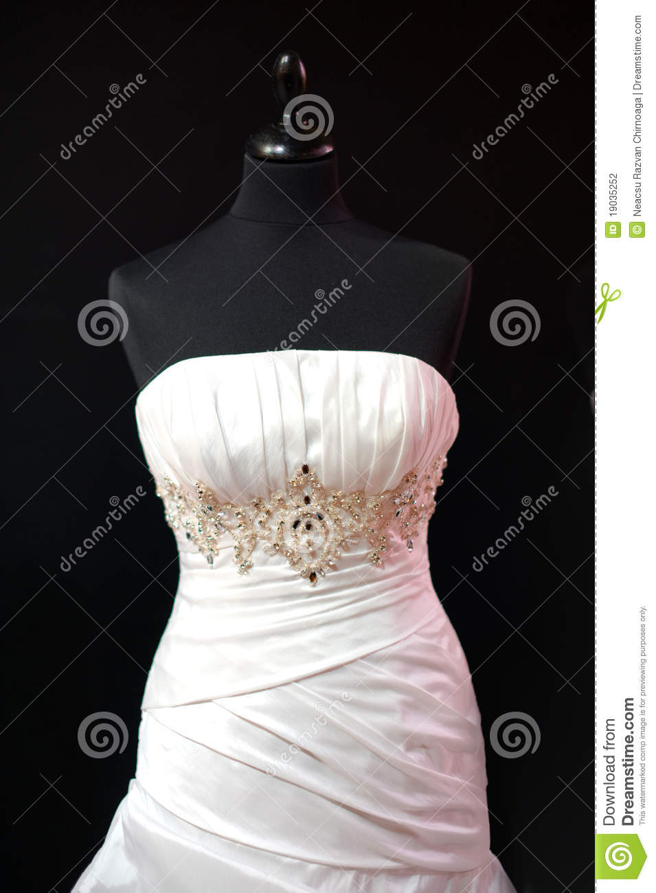 Wedding Dress On Mannequin Stock Photography