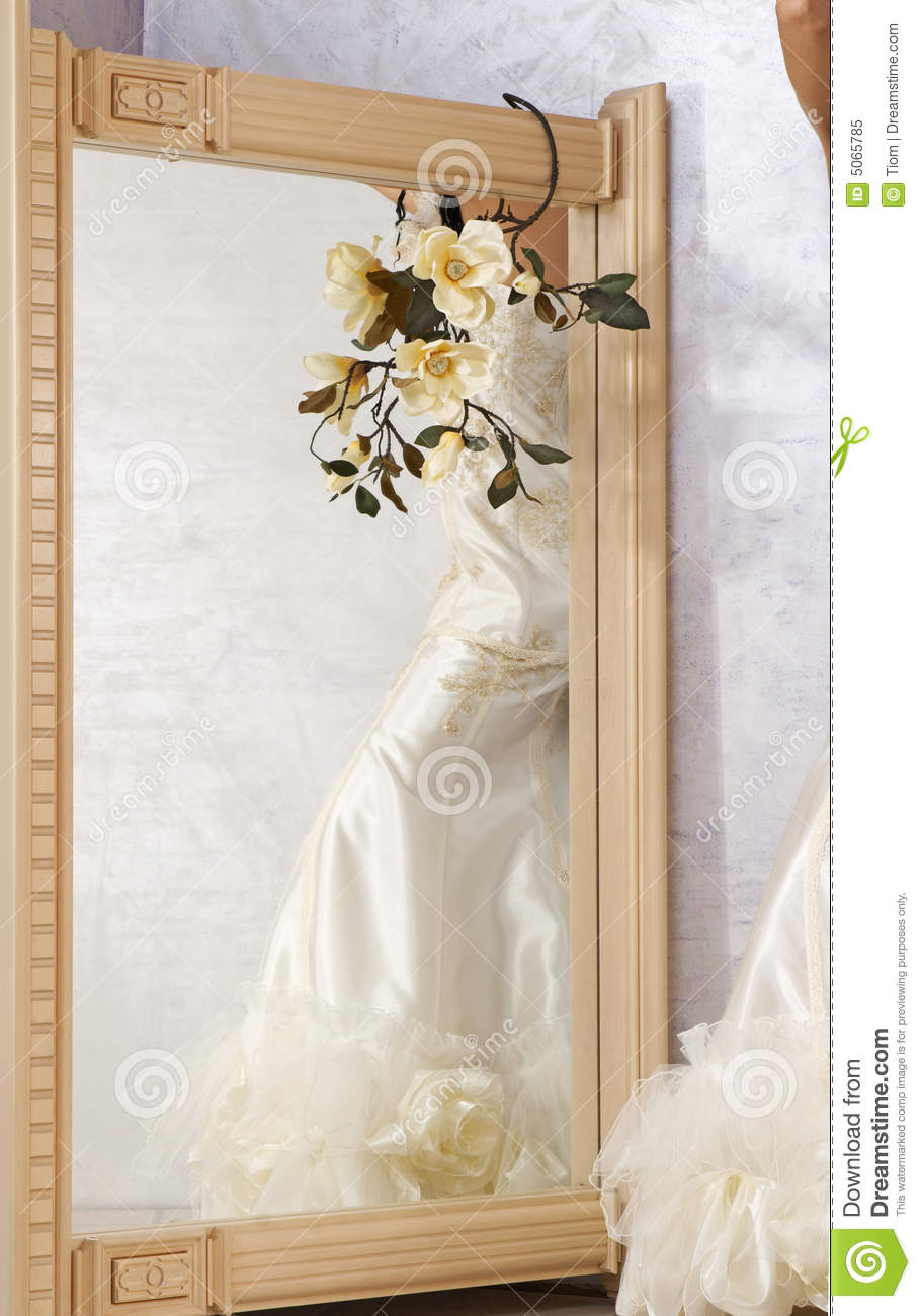 wedding dress in the mirror royalty free stock photo image 5065785