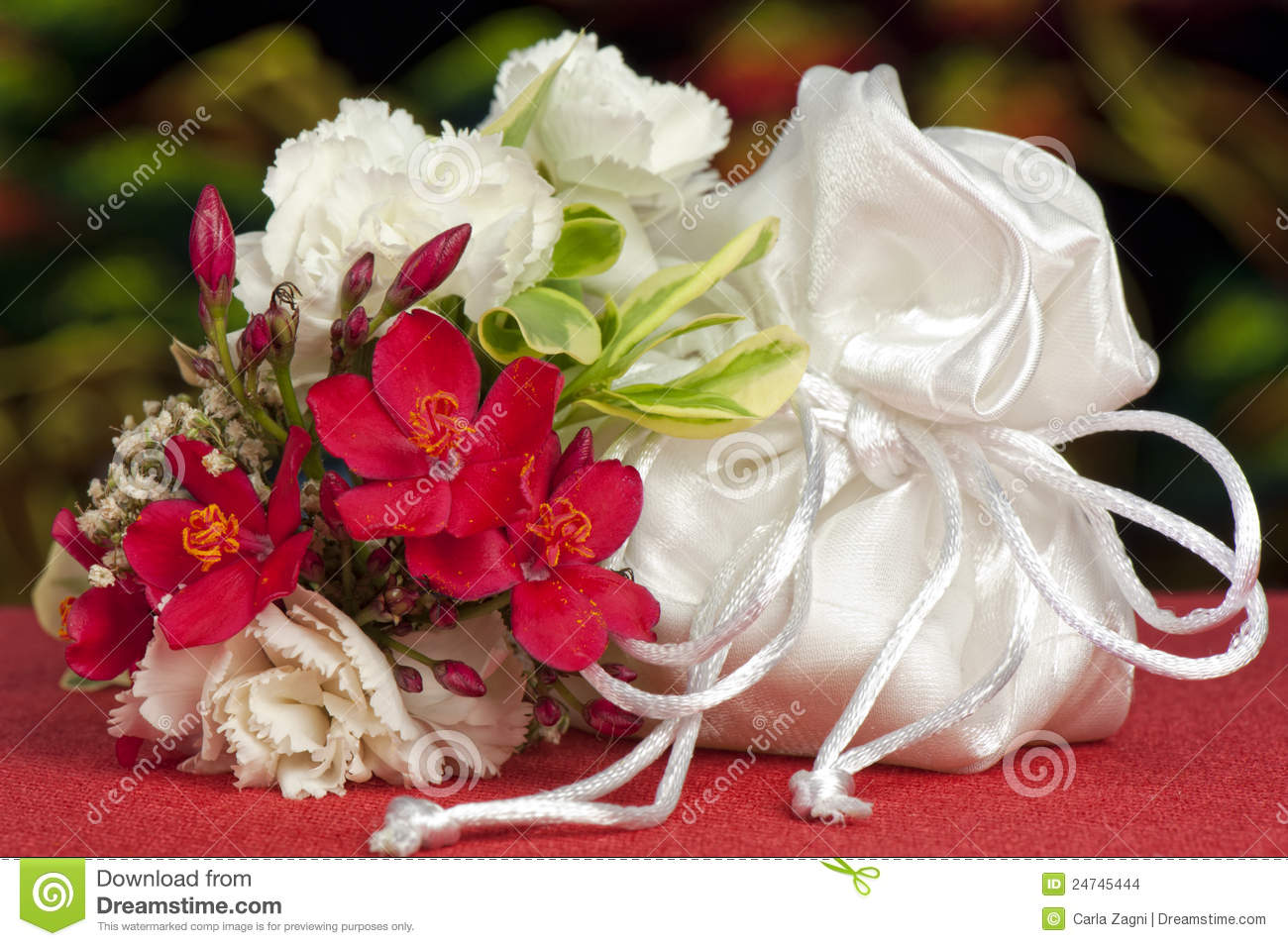 wedding favors flowers wedding favors and flowers stock images image 24745444 9455