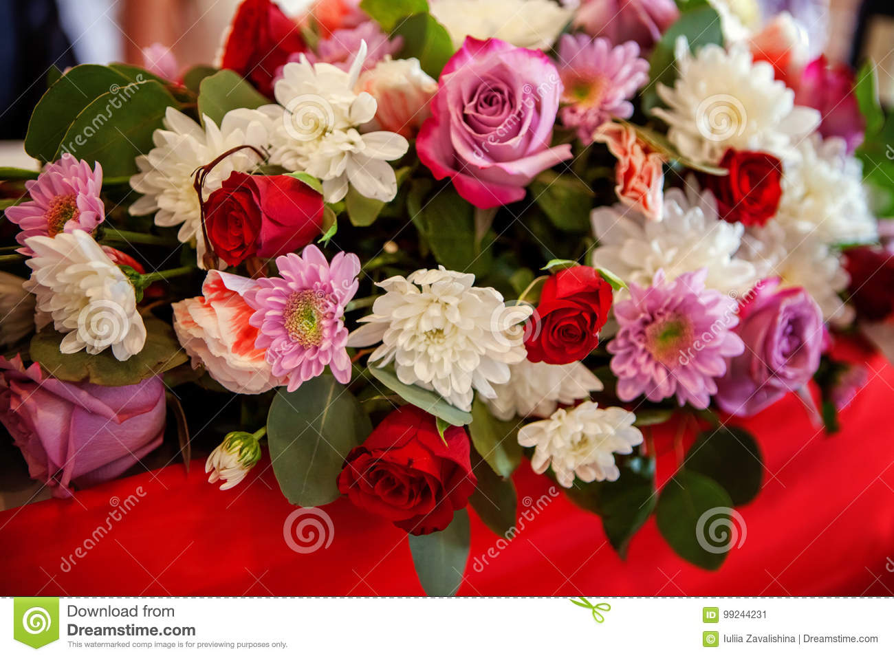 Wedding flower arrangement with roses and chrysanthemums stock image red and pink rose flowers bouquet with white chrysanthemums arranged for decoration on wedding mightylinksfo