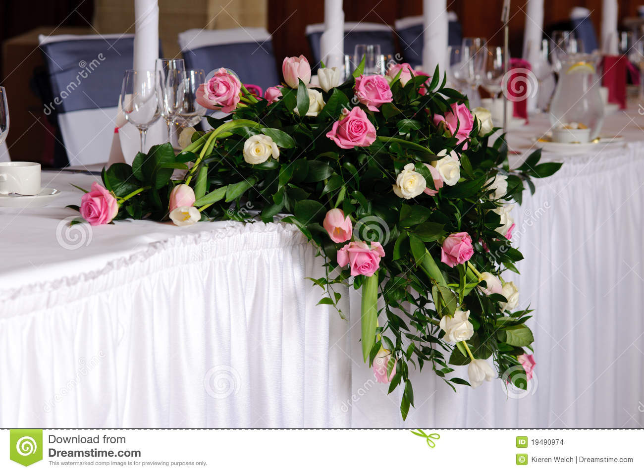 Wedding flowers on head table stock images image 19490974