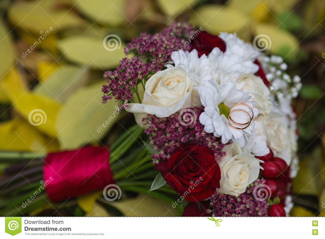 Wedding Flowers Wedding Rings Lie On A Wedding Bouquet Bouquet Of