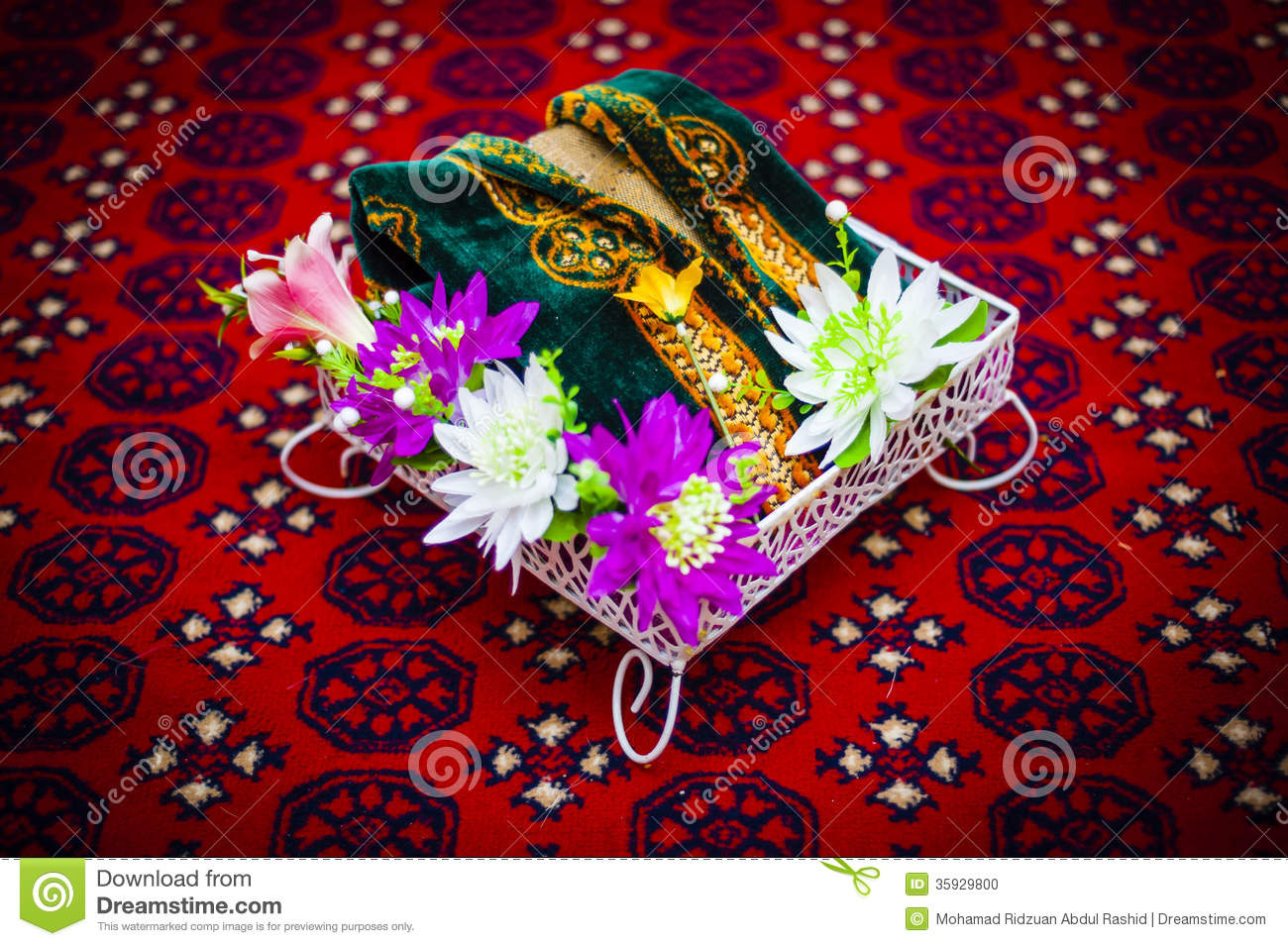 decorated wedding gift for exchange between the newly wedded couple.