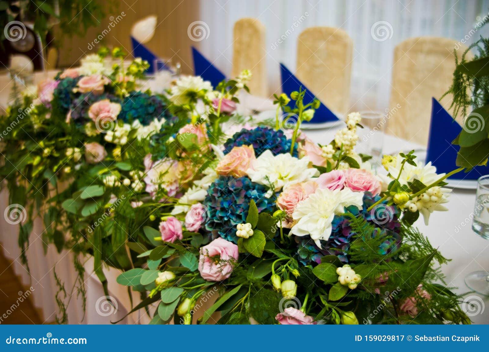 Wedding Hall Table Flowers Decoration Detail Stock Image Image Of Ballroom Florists 159029817