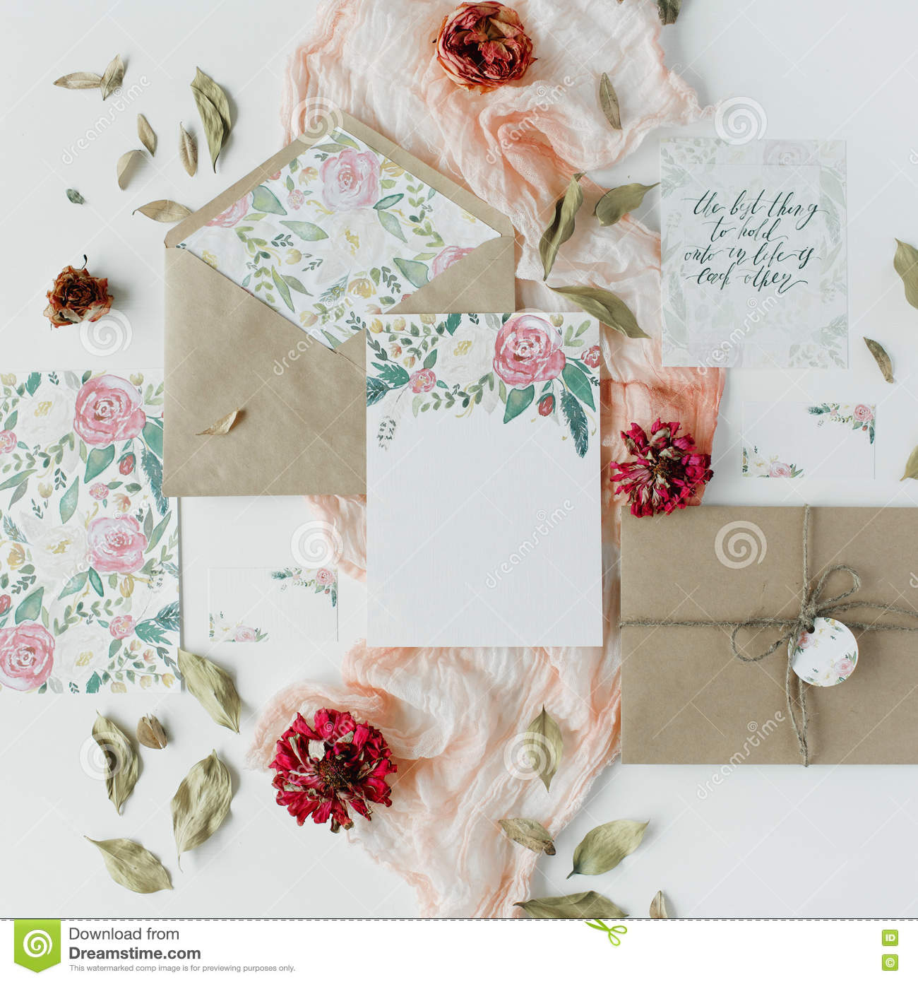 Wedding Invitation Cards, Craft Envelopes, Pink And Red Roses And ...
