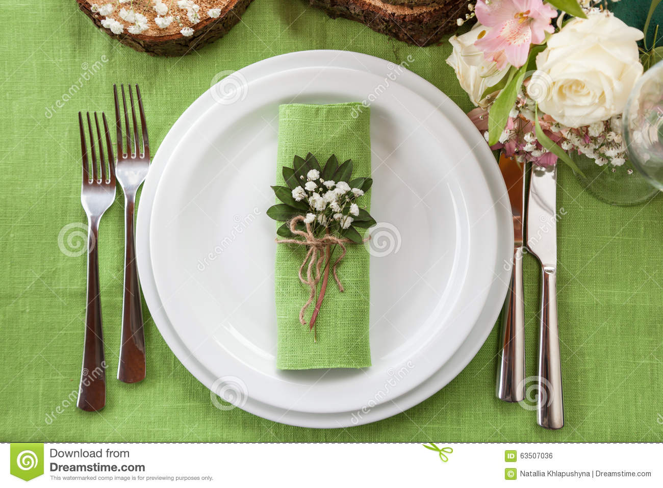 Wedding Place Setting In Beautiful Rustic Style