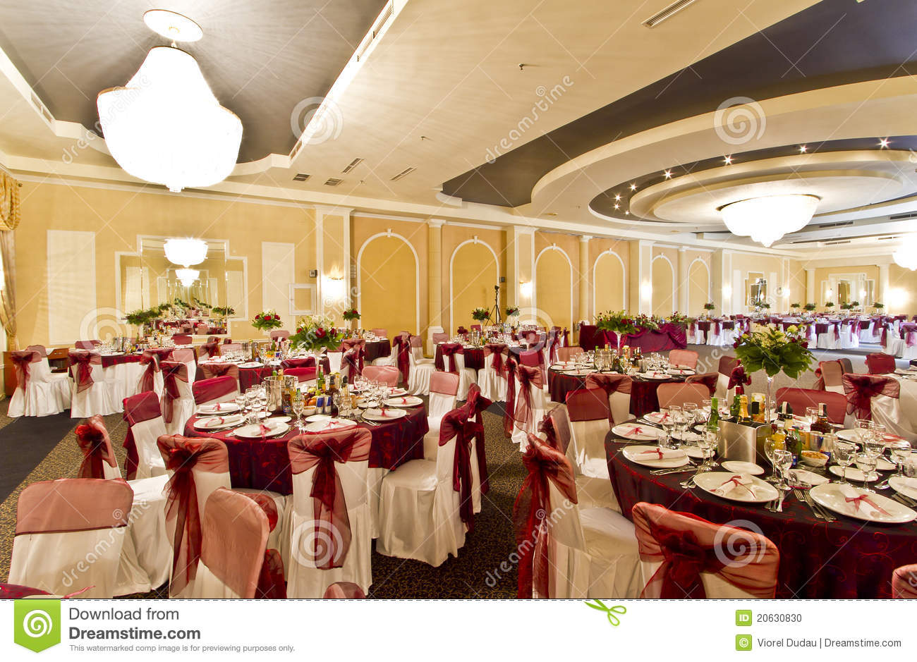 Wedding Reception Hall Stock Photo Image 20630830 : wedding reception hall 20630830 from www.dreamstime.com size 1300 x 939 jpeg 205kB