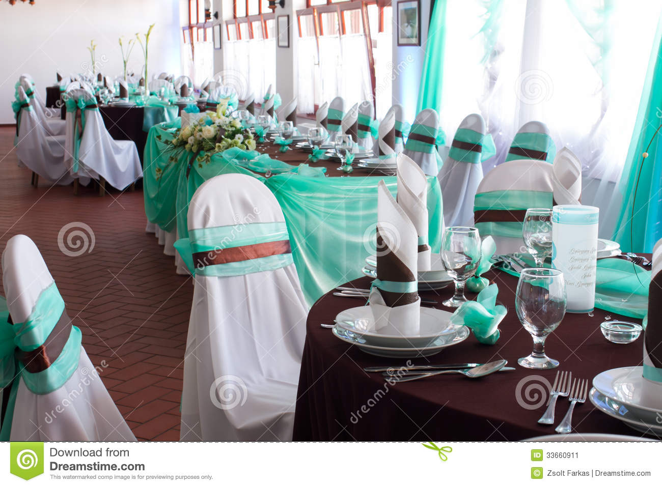 Wedding reception place ready to receive guests stock image image 33660911 - Deco table turquoise chocolat ...