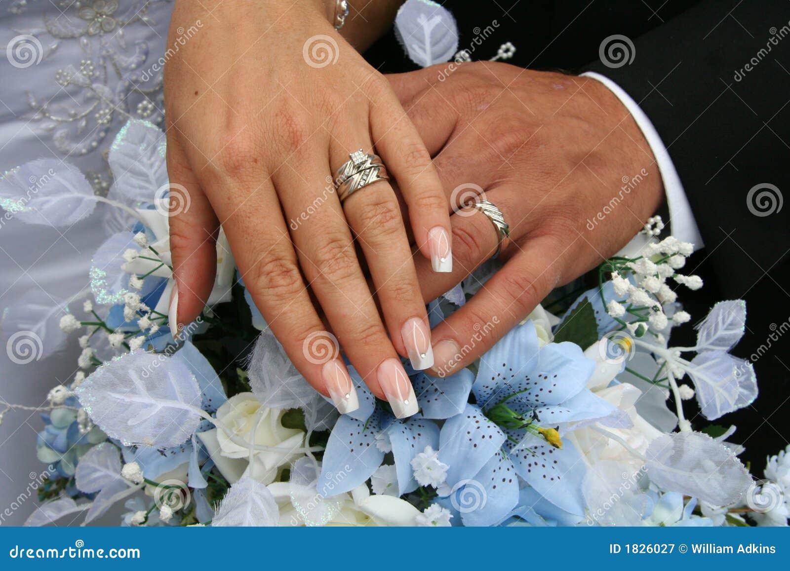 Wedding Rings Shot Stock Image Image Of Wedding Flowers 1826027