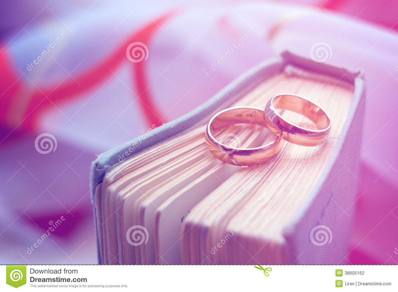 Wedding Rings With A Vintage Book Stock Photo - Image of chrome ...