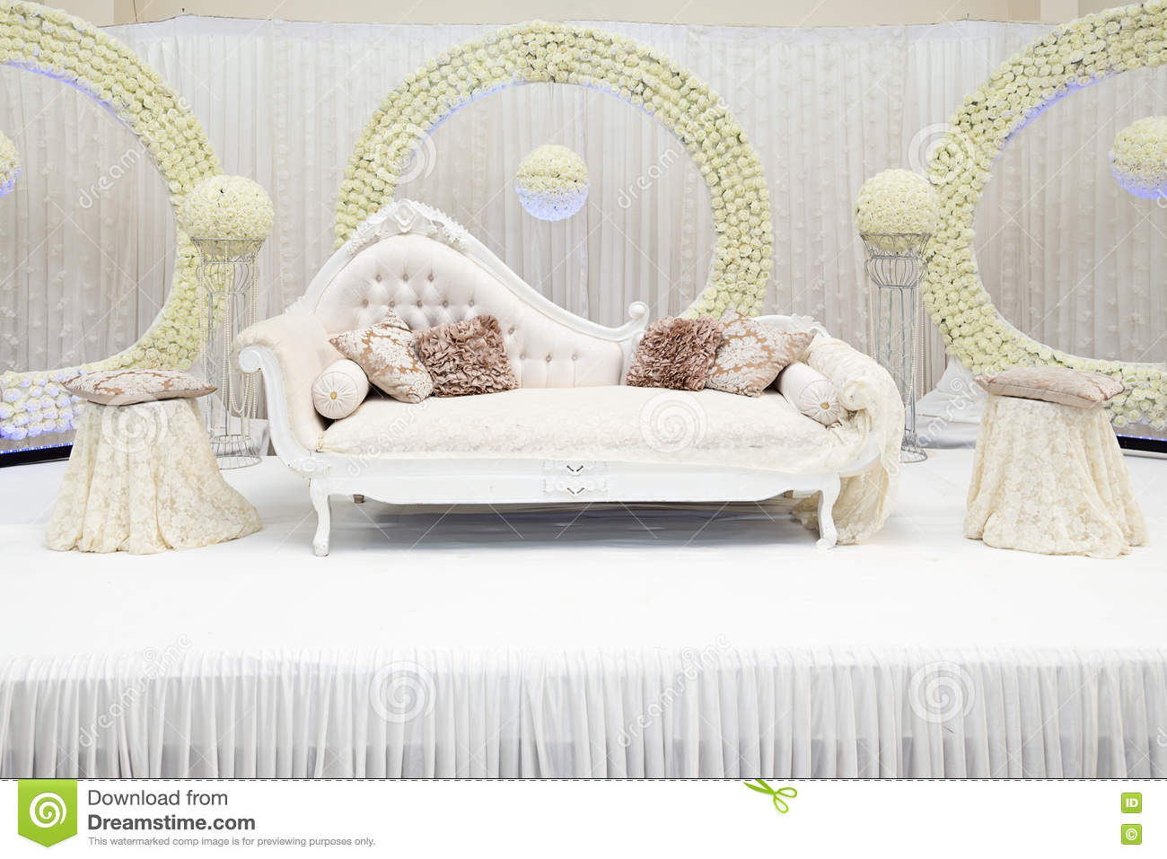 Wedding stage stock photo. Image of decoration, chairs - 76644526