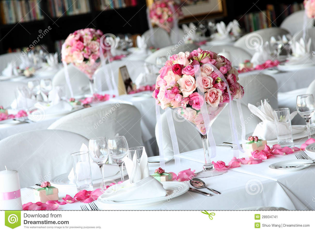 Wedding table stock image image of dinner decoration for Decoration mariage table