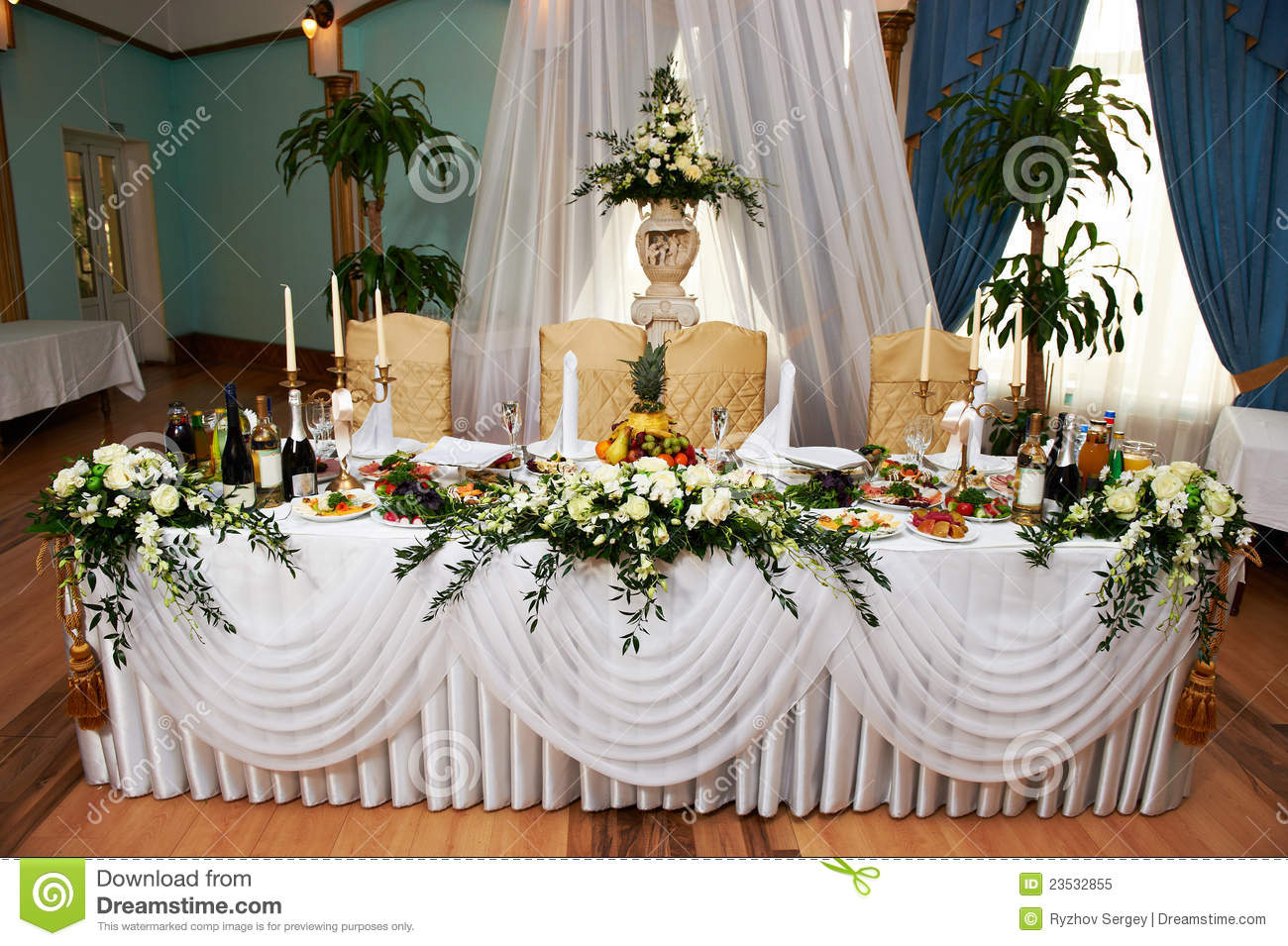 Wedding Table For The Bride And Groom Stock Image