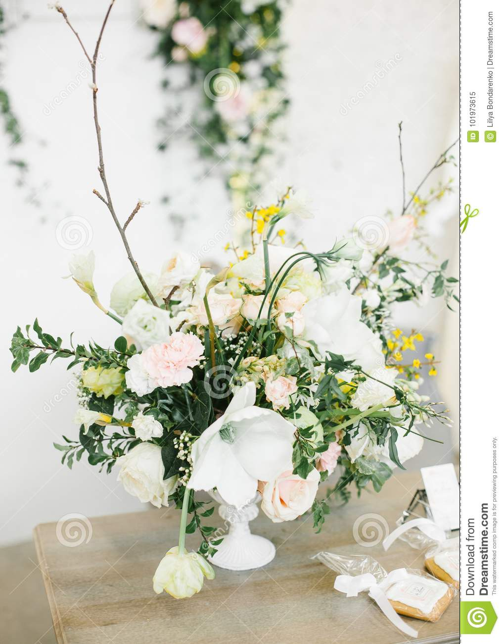 Wedding Table Centerpieces. Stock Image - Image of decorations ...
