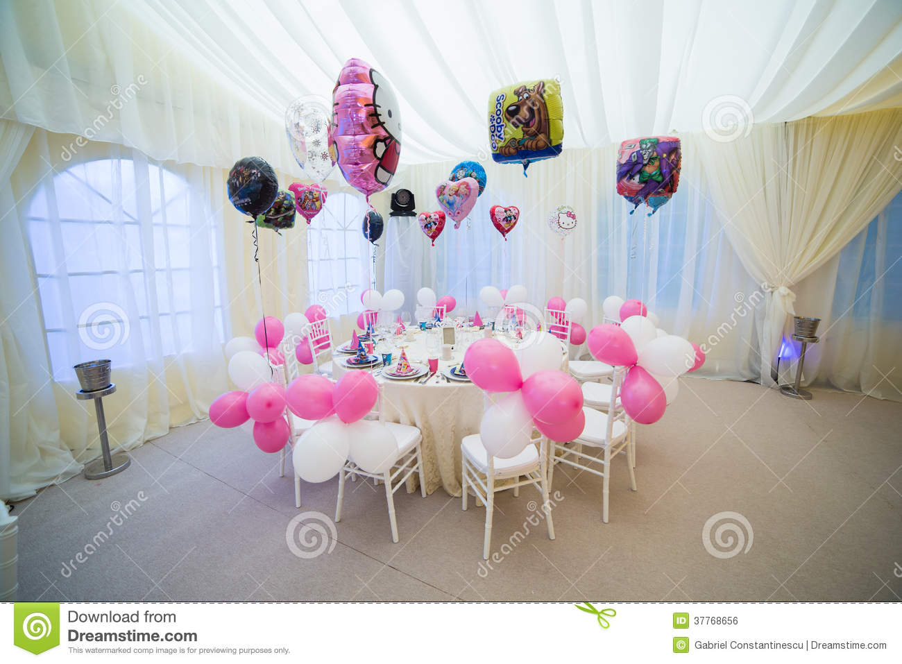 Wedding table for children
