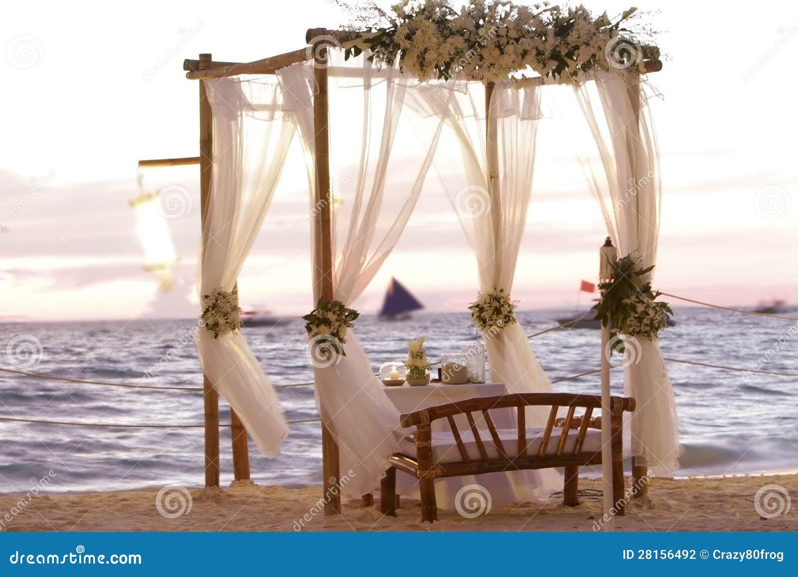 Wedding Table Decoration On Beach Stock Photo - Image ...