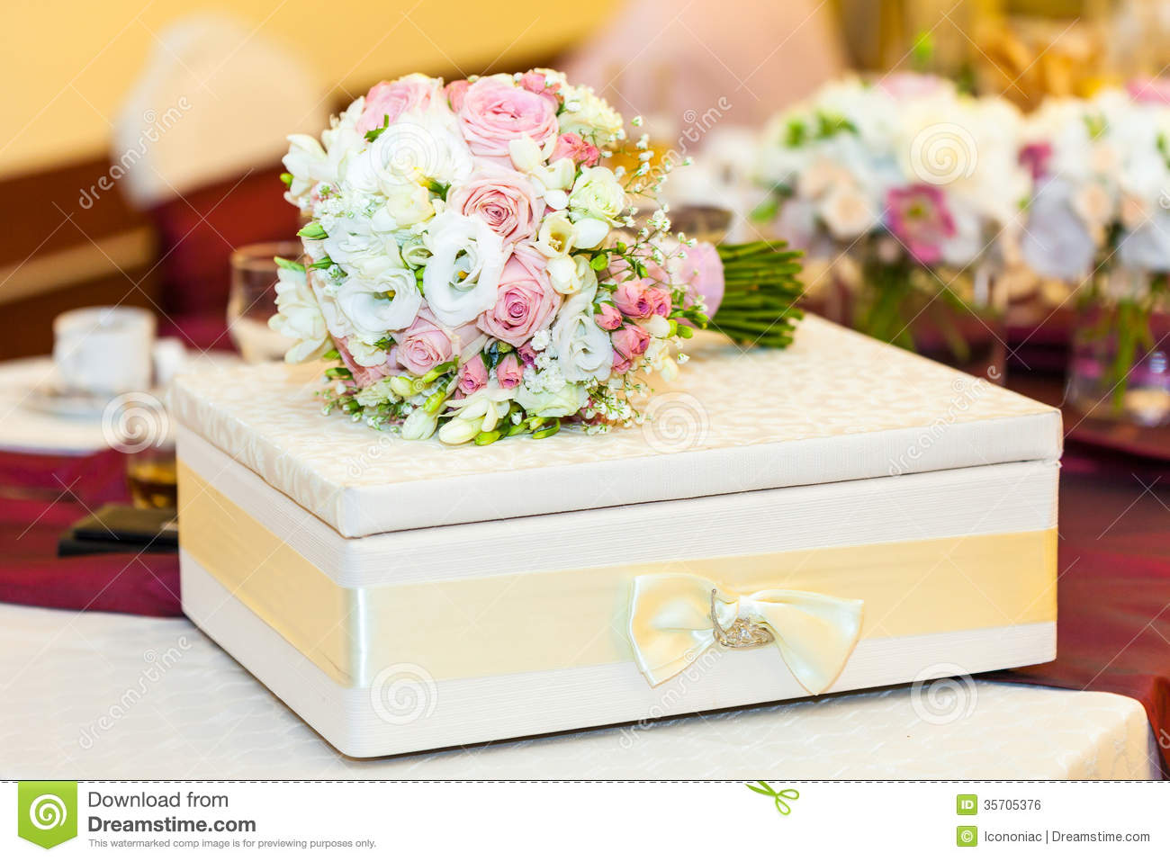 Wedding Gift Table Decoration : Wedding Table Decoration With Bride Bouquet Royalty Free Stock Image ...