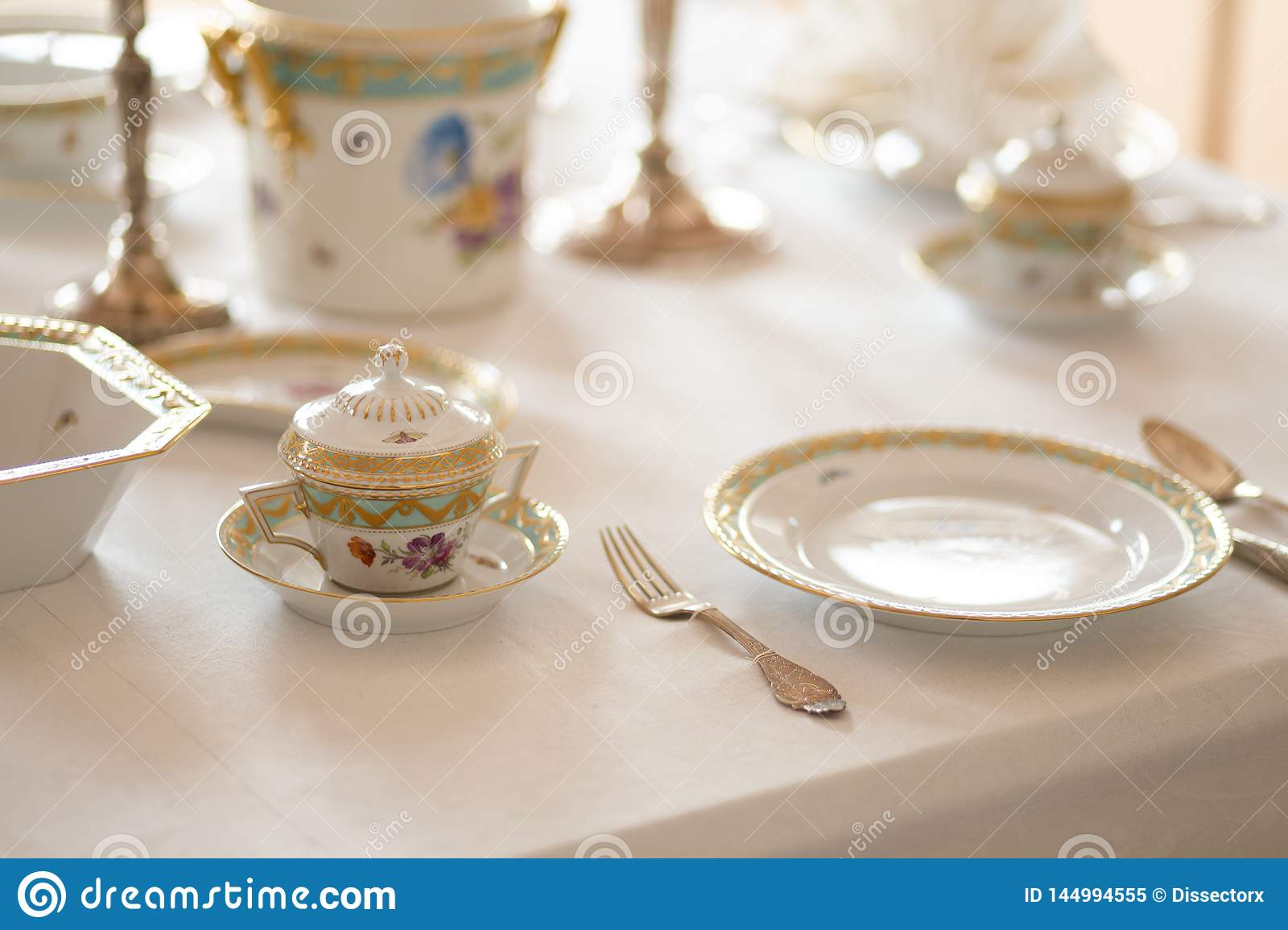 Wedding Table Decoration With Expensive Retro Royal Majesty