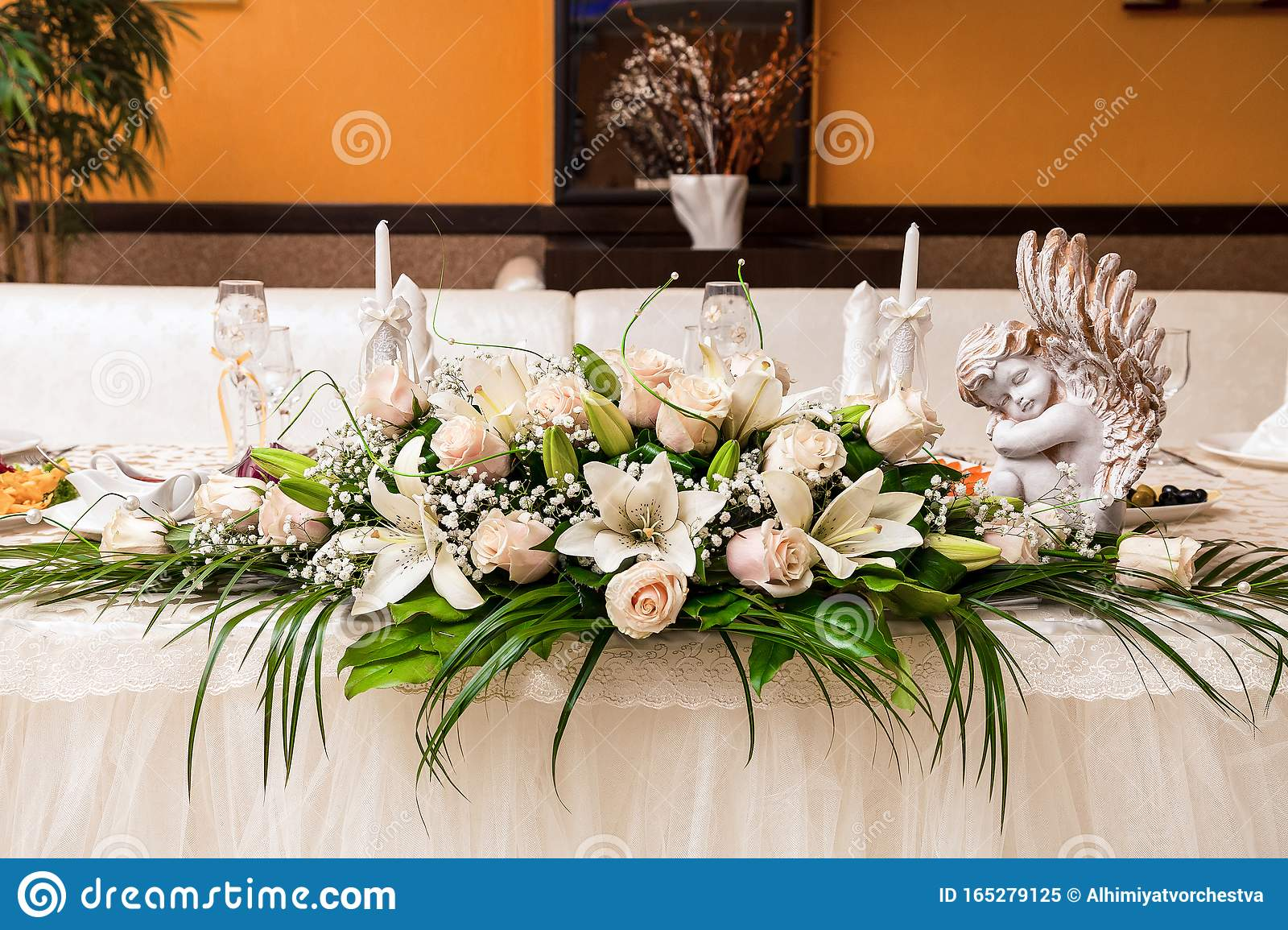 Wedding Table Decoration With Flowers Cream Colored Lilies And Roses Stock Image Image Of Design Candlesticks 165279125