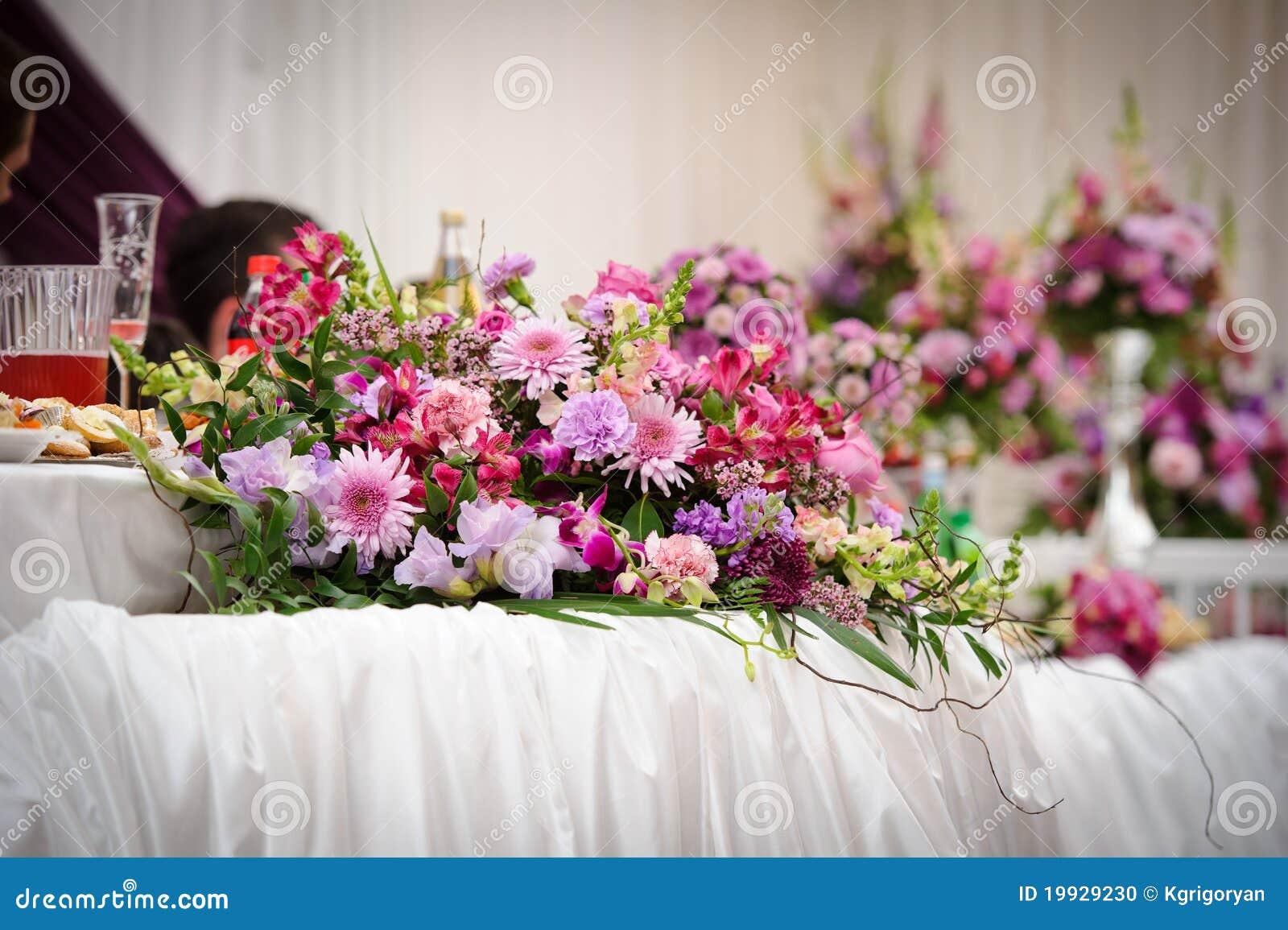 Wedding Table Flower Decoration Stock Photo Image 19929230 : wedding table flower decoration 19929230 from dreamstime.com size 1300 x 955 jpeg 168kB