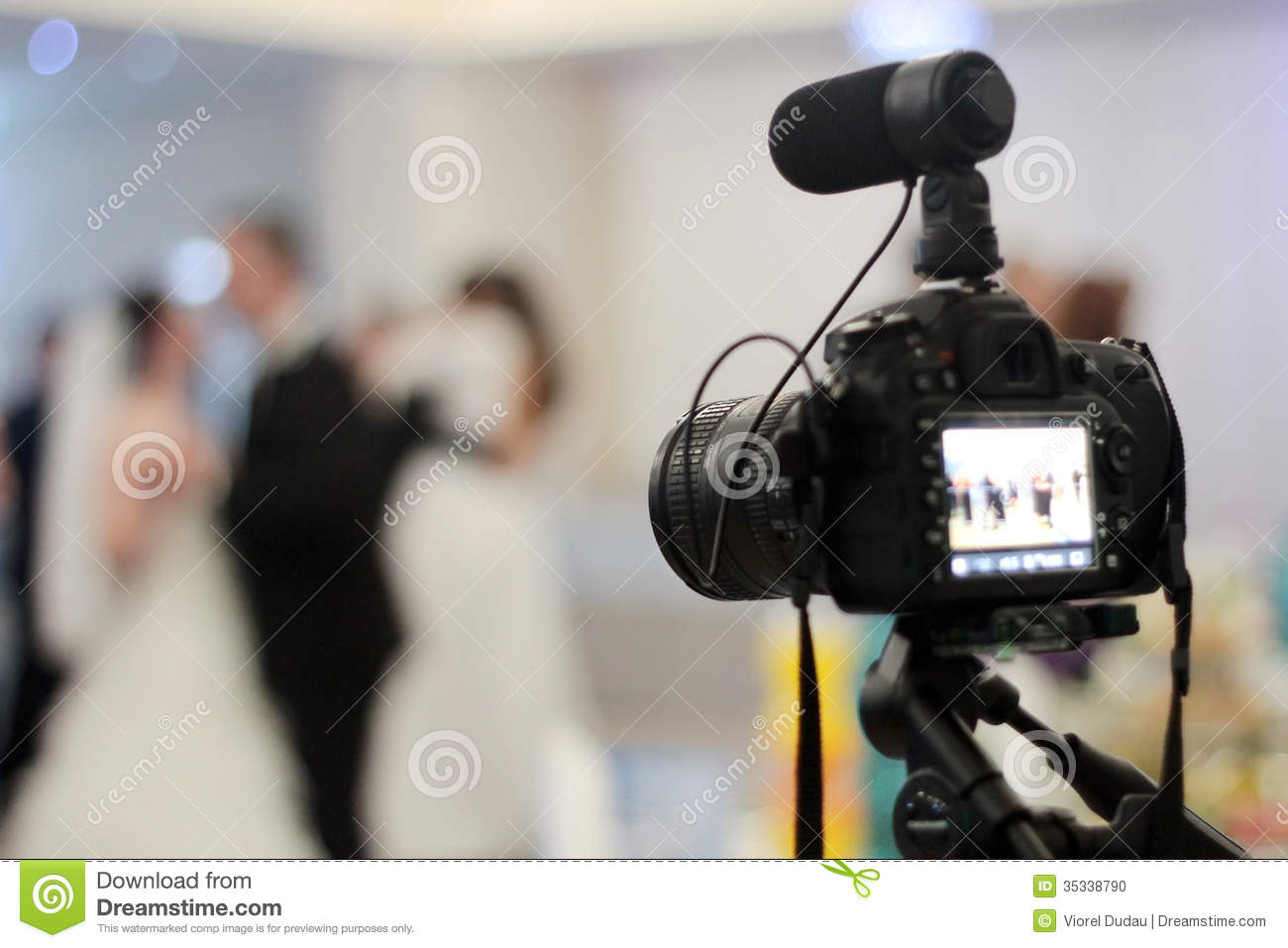 The gallery for video camera on tripod clipart for Wedding videography wisconsin