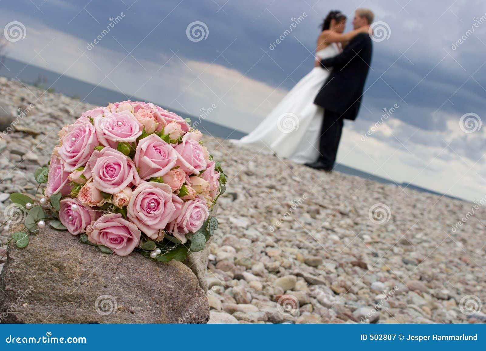 Weddingflowers on a stone. JH