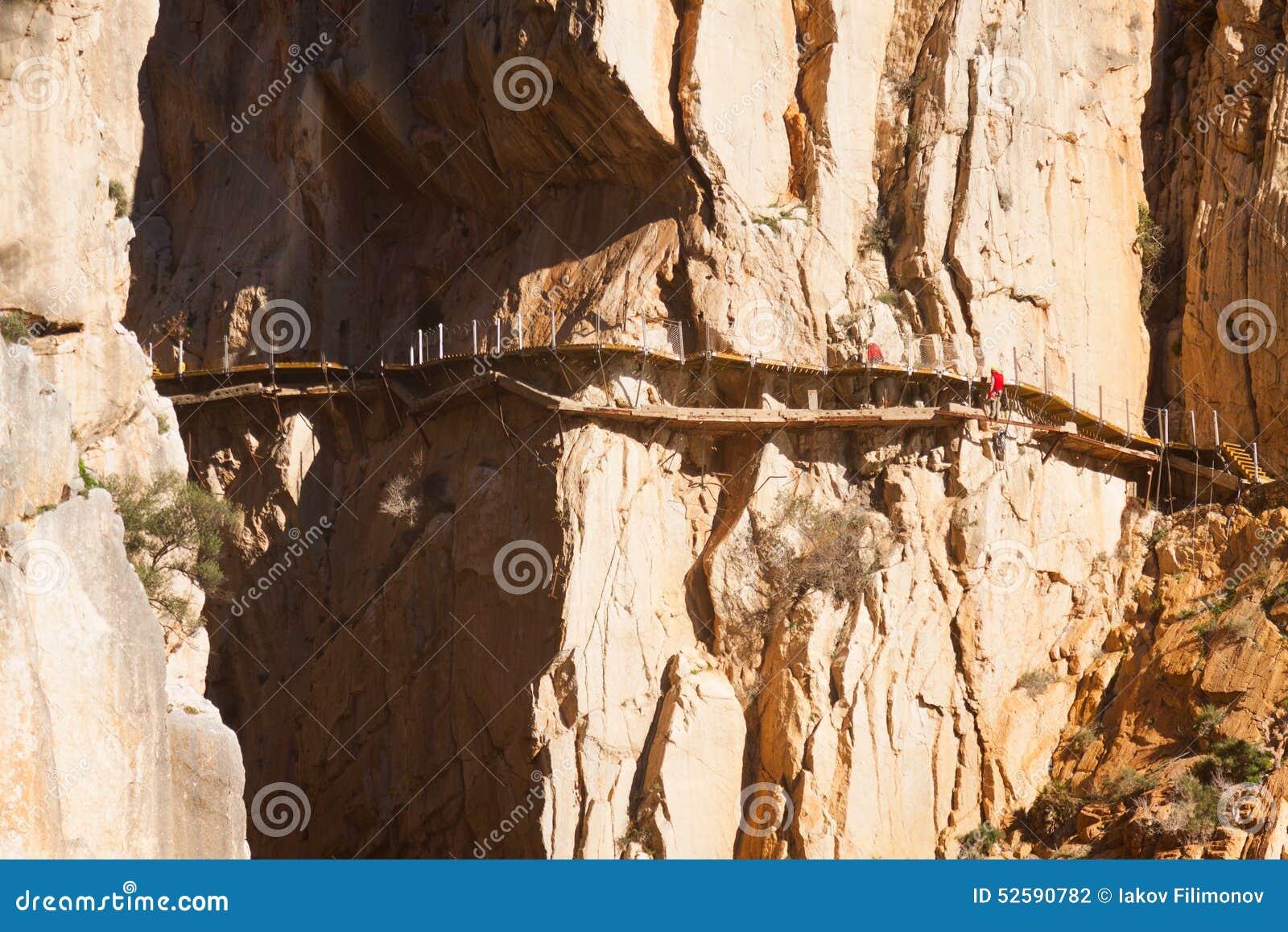 Wederopbouw van Camino del Rey